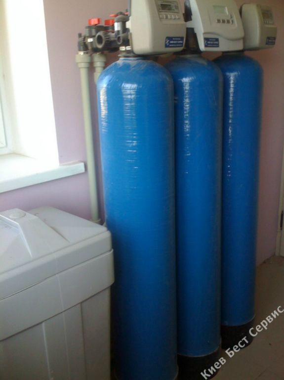 Пример установленной системы очистки воды в доме в пос. Золотые Ворота